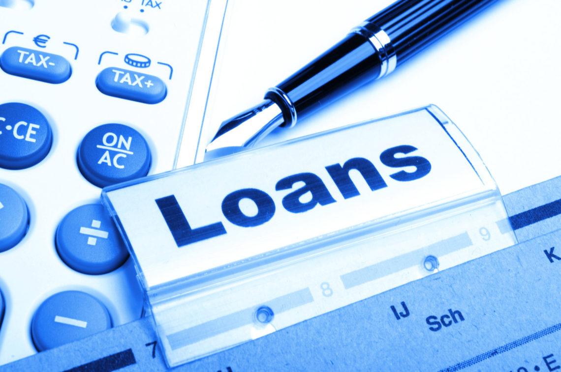 Likheter og forskjeller mellom lån uten sikkerhet og kredittkort